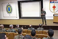 Palestra do Adjunto de Comando do Exército