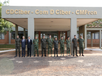 Visita do Acessor do Vice-Chefe do Estado-Maior do Exército de Portugal ao ComDCiber