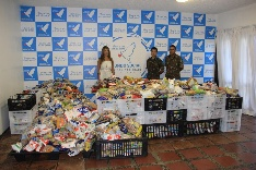 Evento arrecada alimentos para Fundo Social do Guarujá