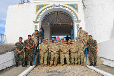 Cadetes de West Point visitam o Forte Duque de Caxias